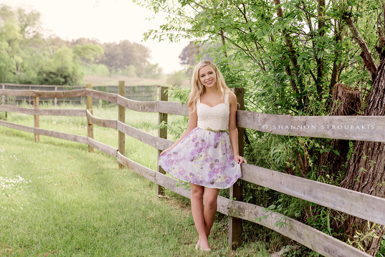 outdoor senior pictures in the woodlands and spring tx the