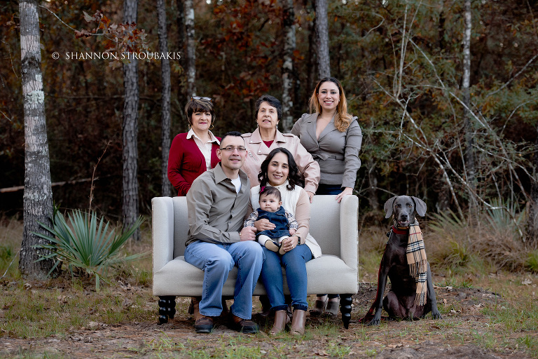 Large Group Family Portraits – Extended Family Photographer